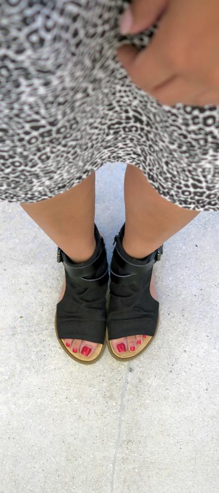 3664d93ae54c Cutout sandal Blowfish shoes style Balla in black canvas
