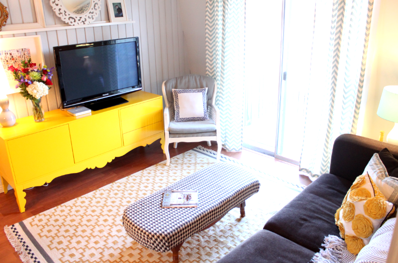 love the chevron curtains in grey and white, and the pop of yellow