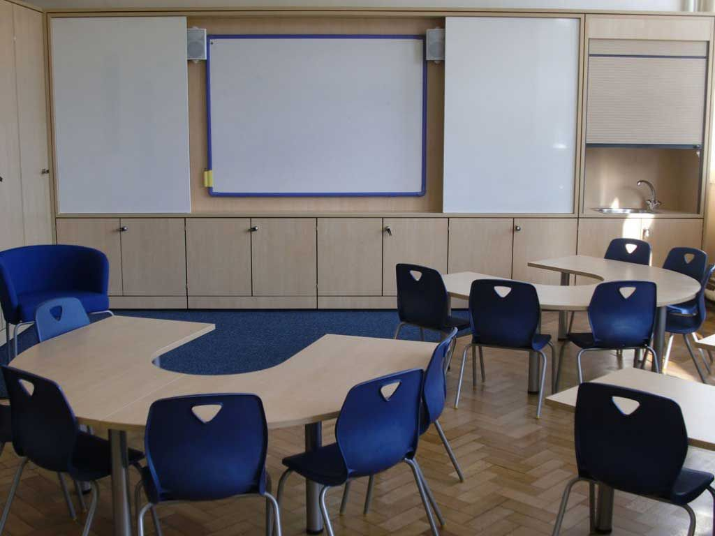 Modern Classroom Seating ~ Excellent small class interior school design with modern