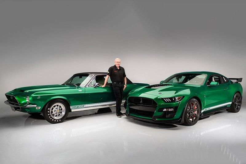 First 2020 Ford Mustang Shelby Gt500 Auctioned For 1 1 Million