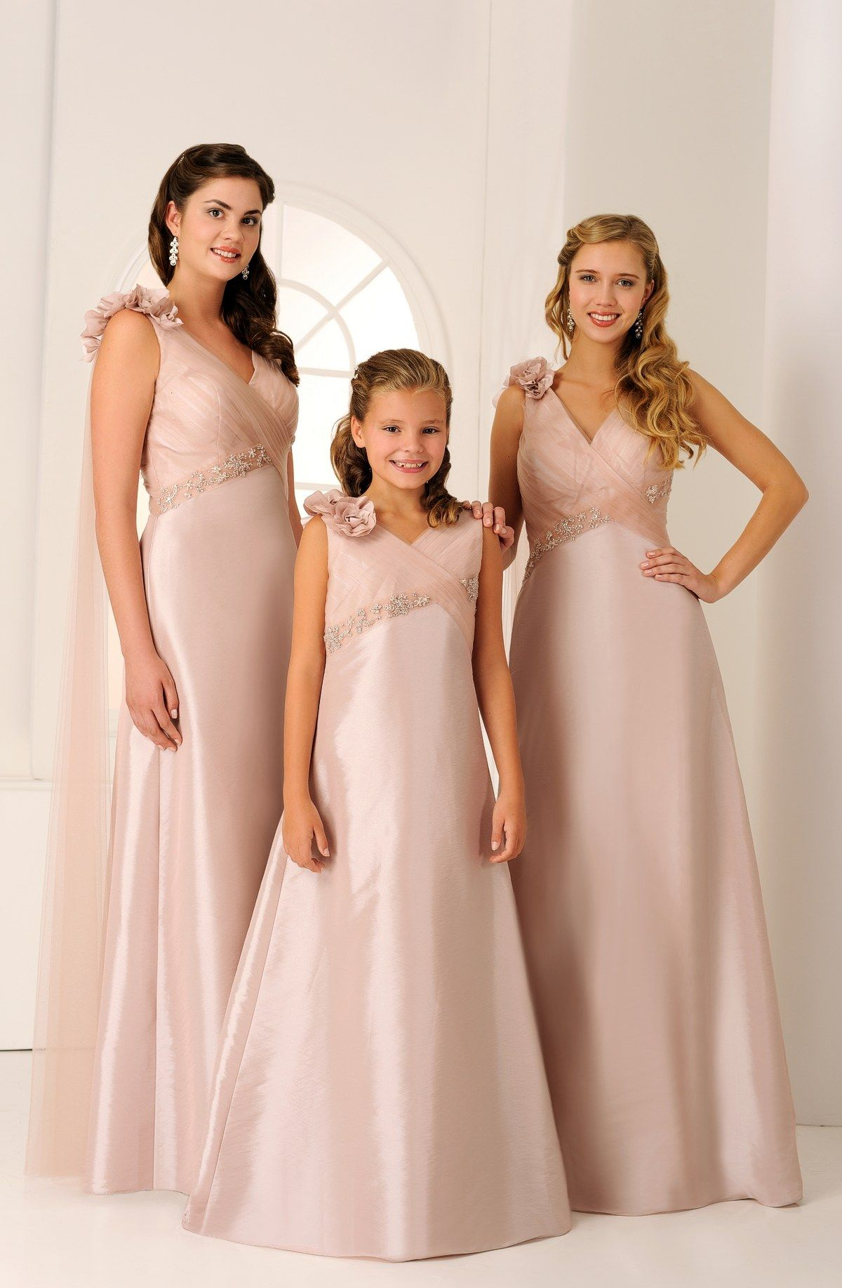 Vrb71256 adult bridesmaid vrf81254 teen maid and flower girl adult bridesmaid teen maid and flower girl gown samples available in store ombrellifo Image collections