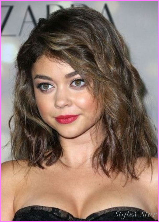 Medium To Long Haircuts For Round Faces Httpstylesstar