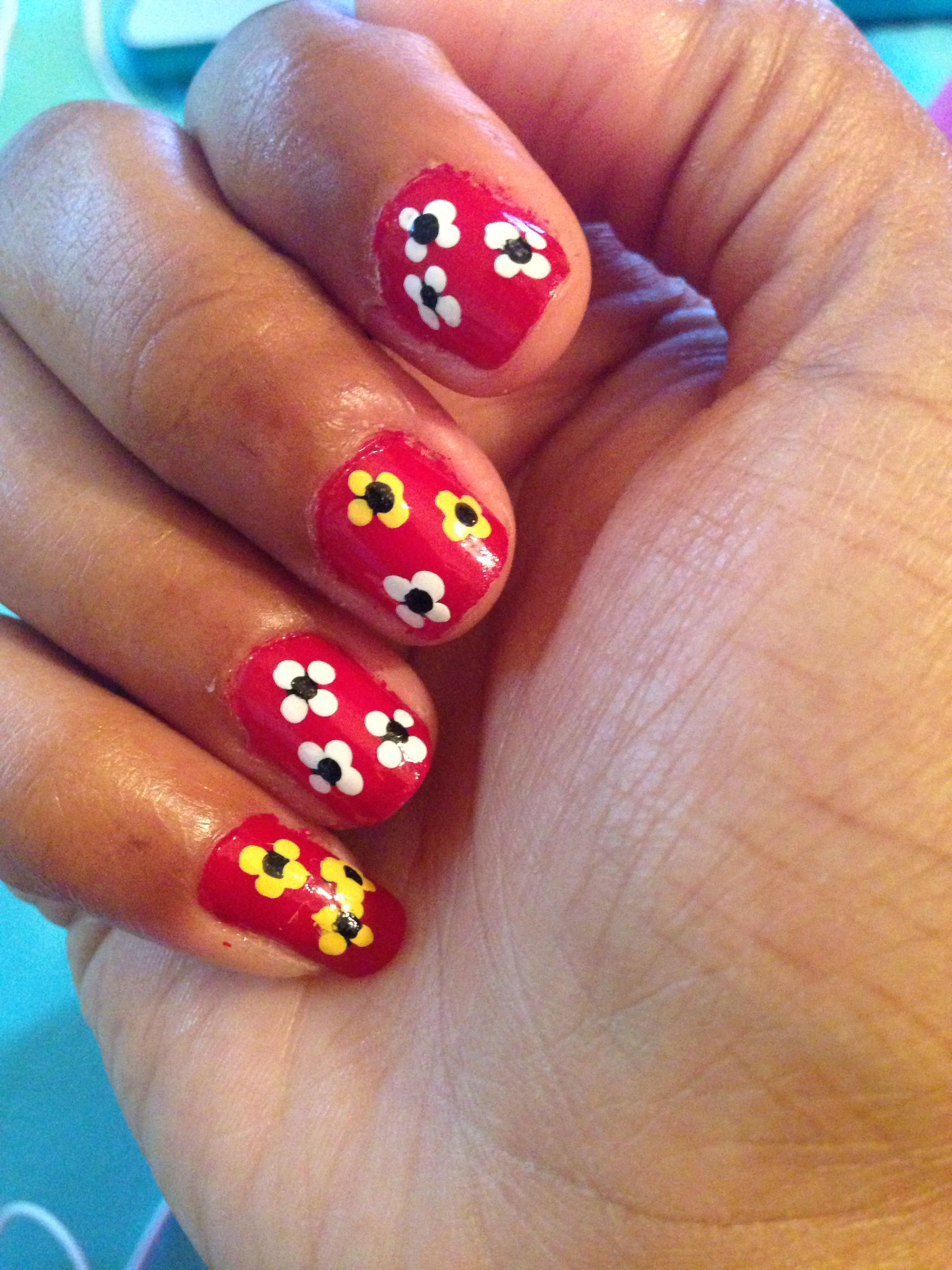 White And Yellow Flower Nails My Nail Art Pinterest Flower