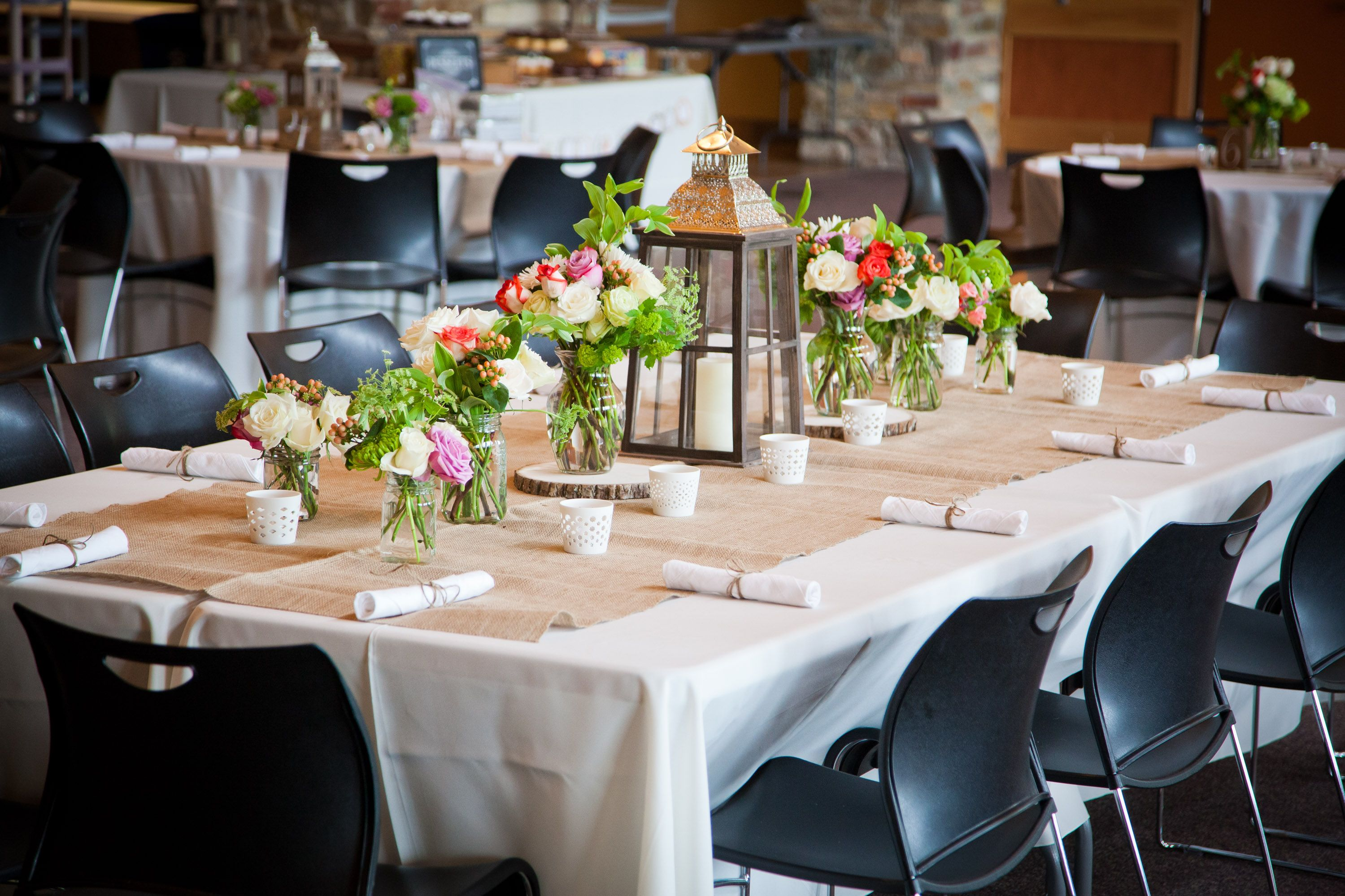Elm Creek Chalet Maple Grove Mn Wedding Venue Table Decor