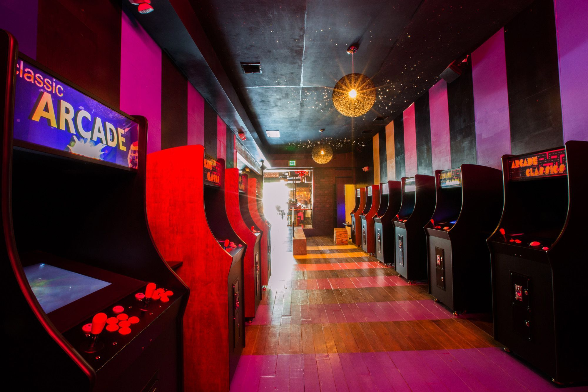 The One Up A New Bar Arcade Now Gaming Up Sherman Oaks Barcade Sherman Oaks Now Games
