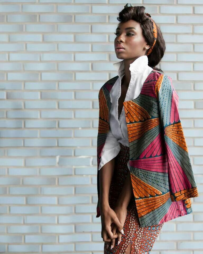 #pagne #africanprint #ankara #mixedprints #Africanprints #Ethnicprints #Africanwomen  #whitebuttonup #AfricanStyle #Ankara #sexy #cape