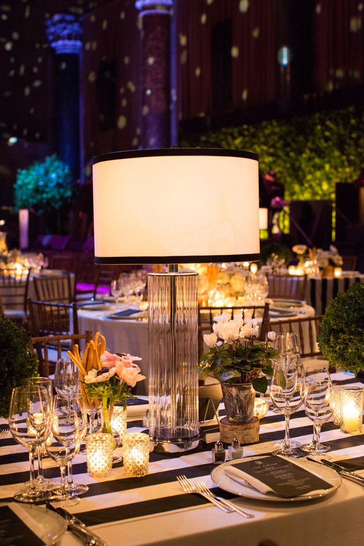 Some Tables Could Have Lamp Lantern Center Pieces While Others The Gold Candle Piece