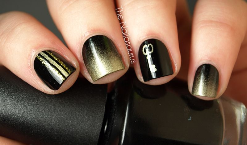black and gold gradient nails :)
