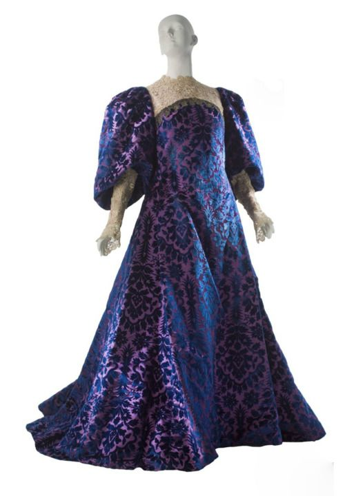 Worth tea gown, 1894-1895, from MCNY | Vintage Fashion: 1890s ...