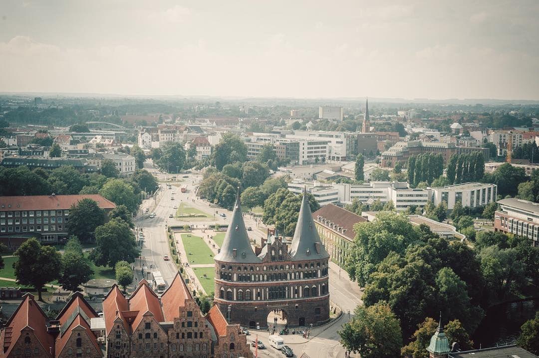 Ein paar mehr Bilder aus der Lübecker Altstadt. #holstentor #lübeck #antonahrensde