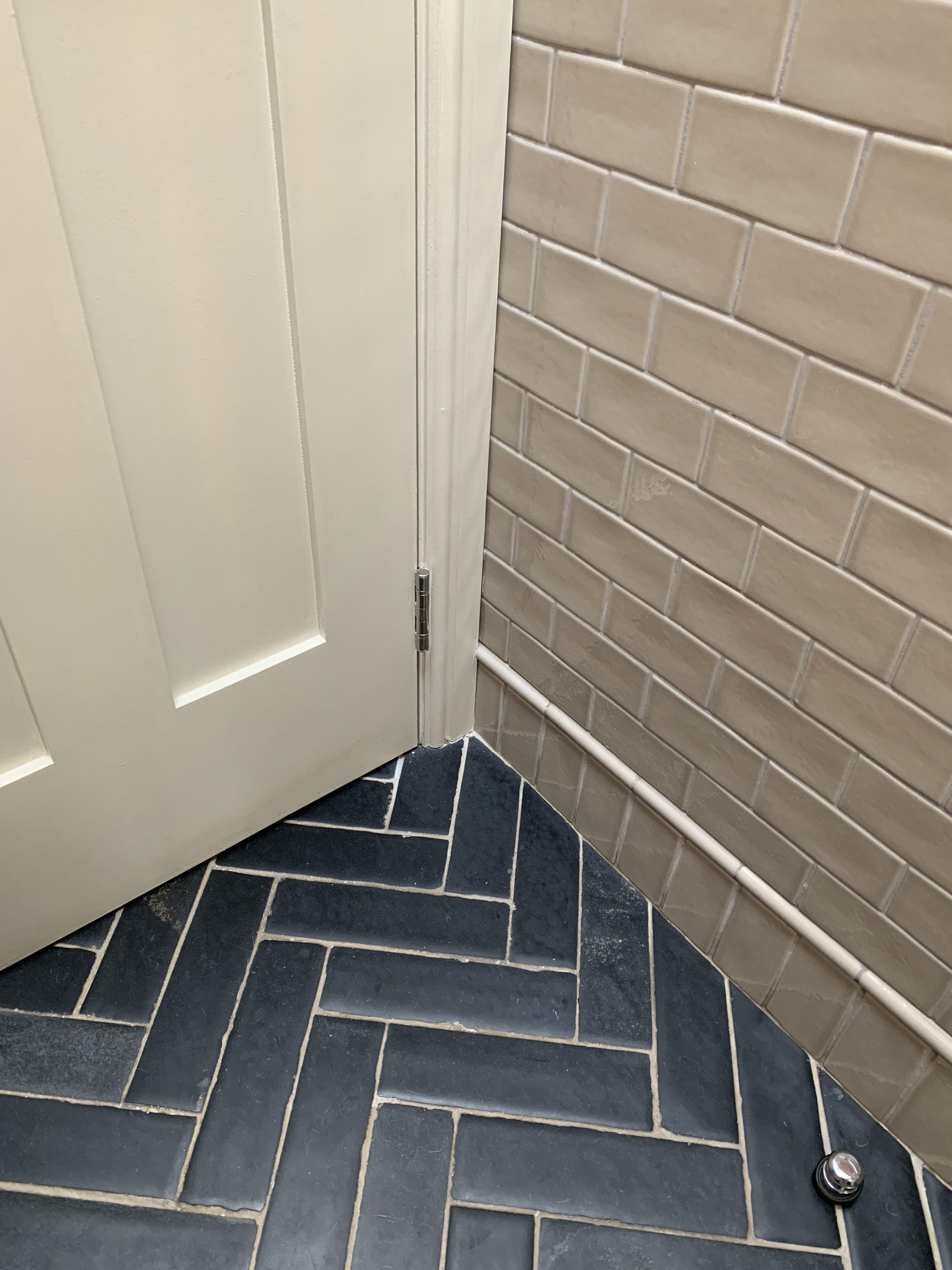 Pin By Sarah Saleh On Walls Flooring Tiles Tile Floor