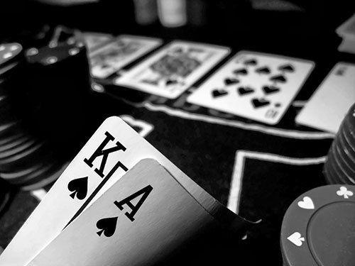 Fakta yang sebenarnya adalah tidak ada Agen Judi Poker Online Indonesia a yang melakukan tindakan manipulasi ataupun kecurangan apapun untuk merubah hasil