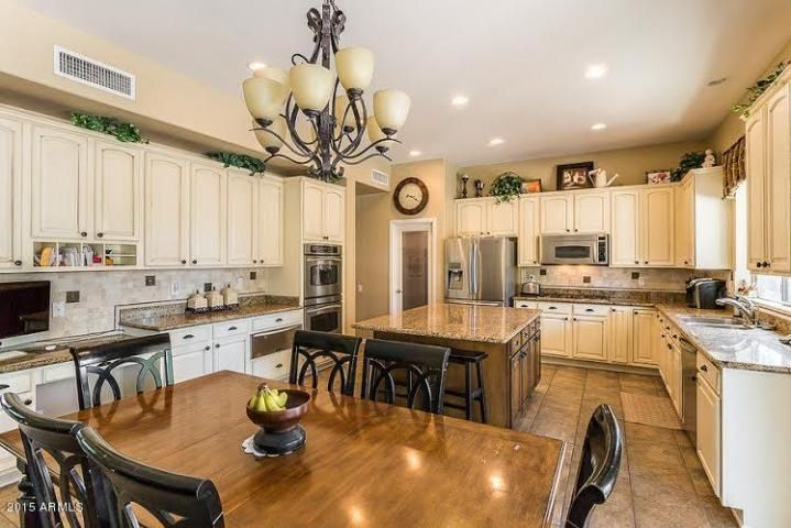 OPEN HOUSE: Today from 1p-4p. Can't you see yourself in this fabulous kitchen? Come and see it in person today. #chandler #arizona