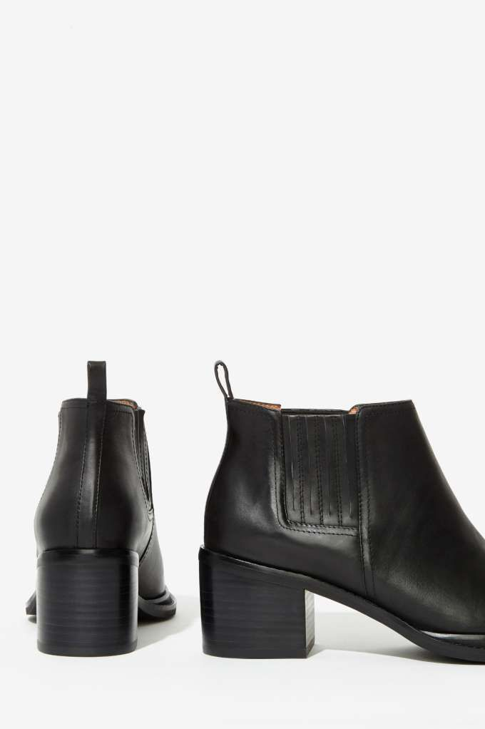 Jeffrey Campbell Eldin Leather Chelsea Boot - Flats | Ankle | Jeffrey Campbell | Shoes