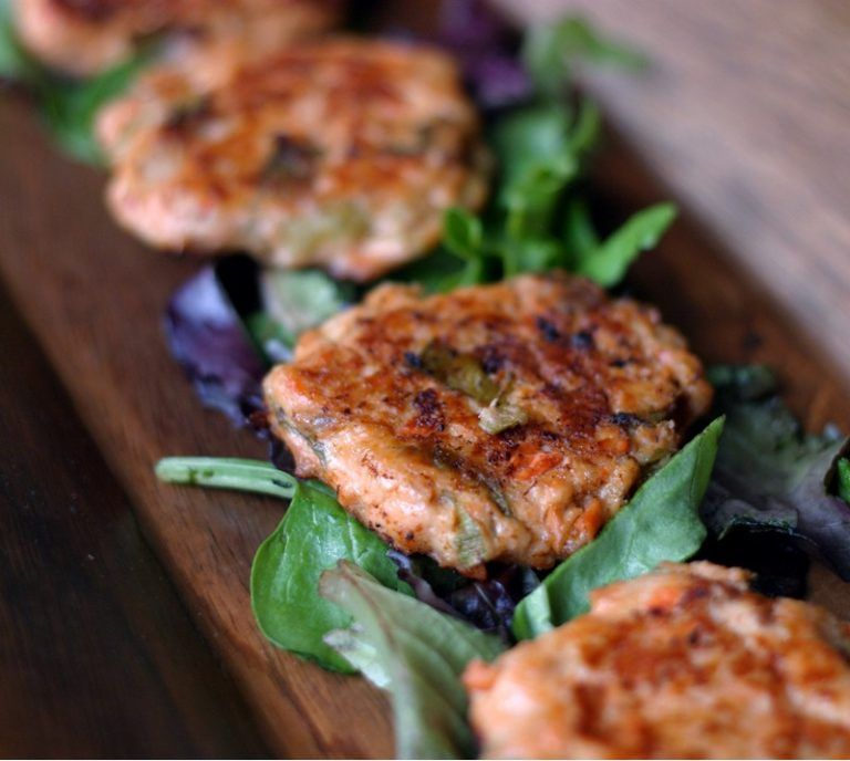 Salmon Cakes {Croquettes} (With Images)