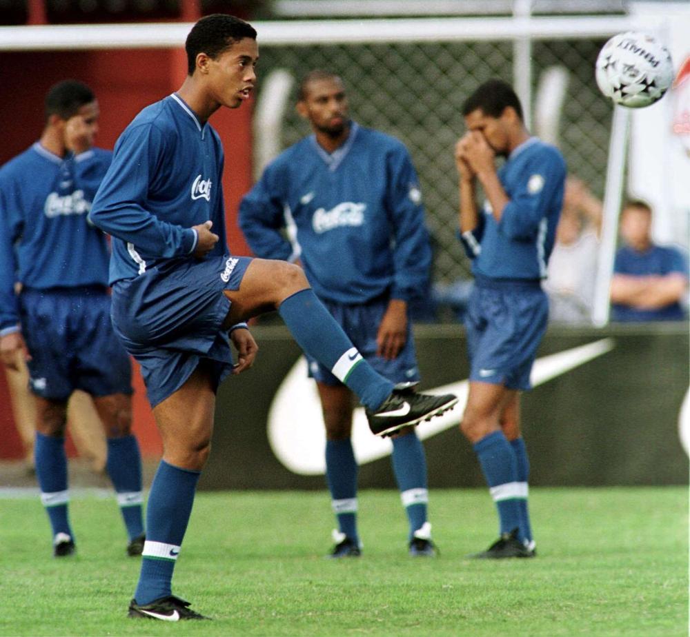 BVB vs. PSG Als Ronaldinho Borussia Dortmund absagte und