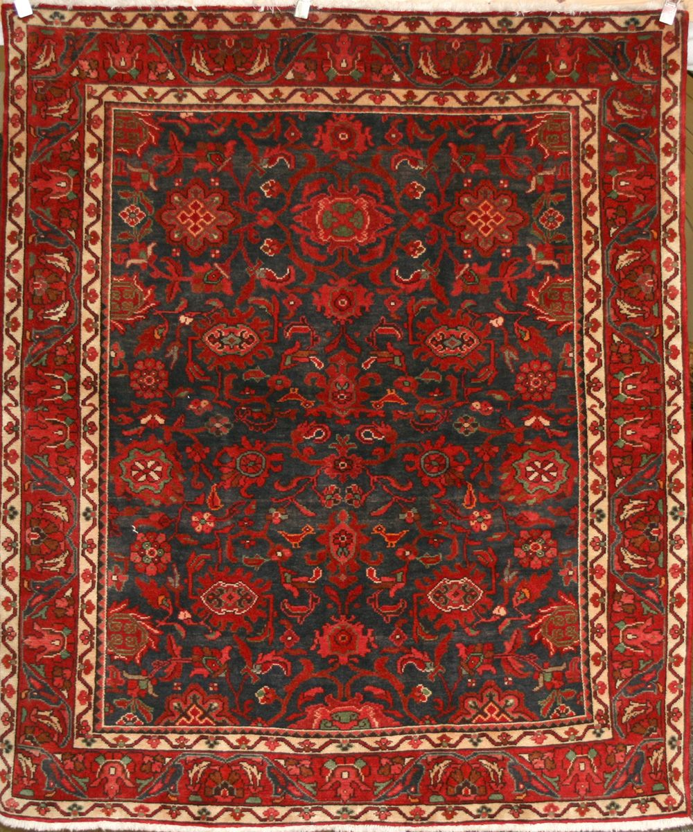Persian HandKnotted Nanaj Rug in Wool (Cotton Foundation