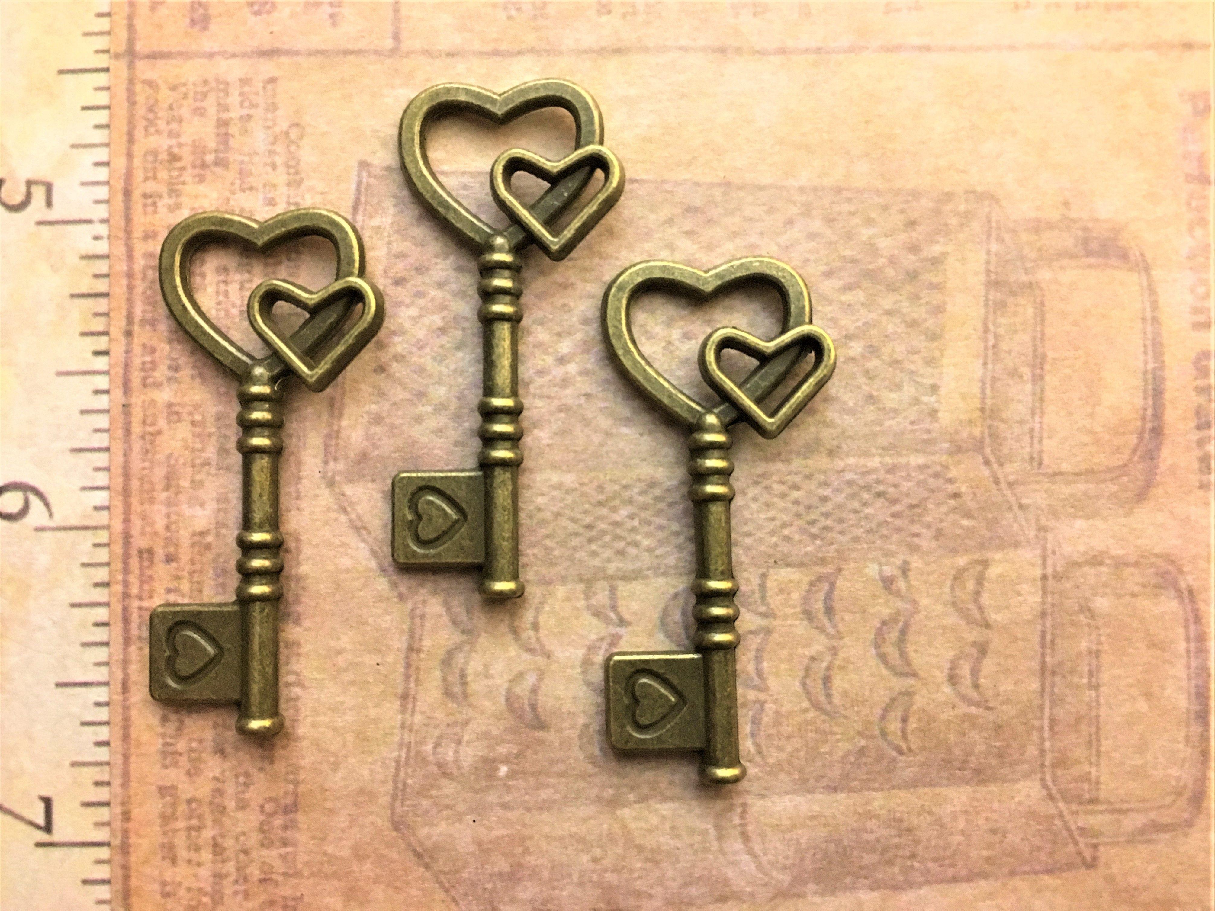 25 New Vintage Skeleton Steampunk Keys Charms Jewelry Art Craft ...