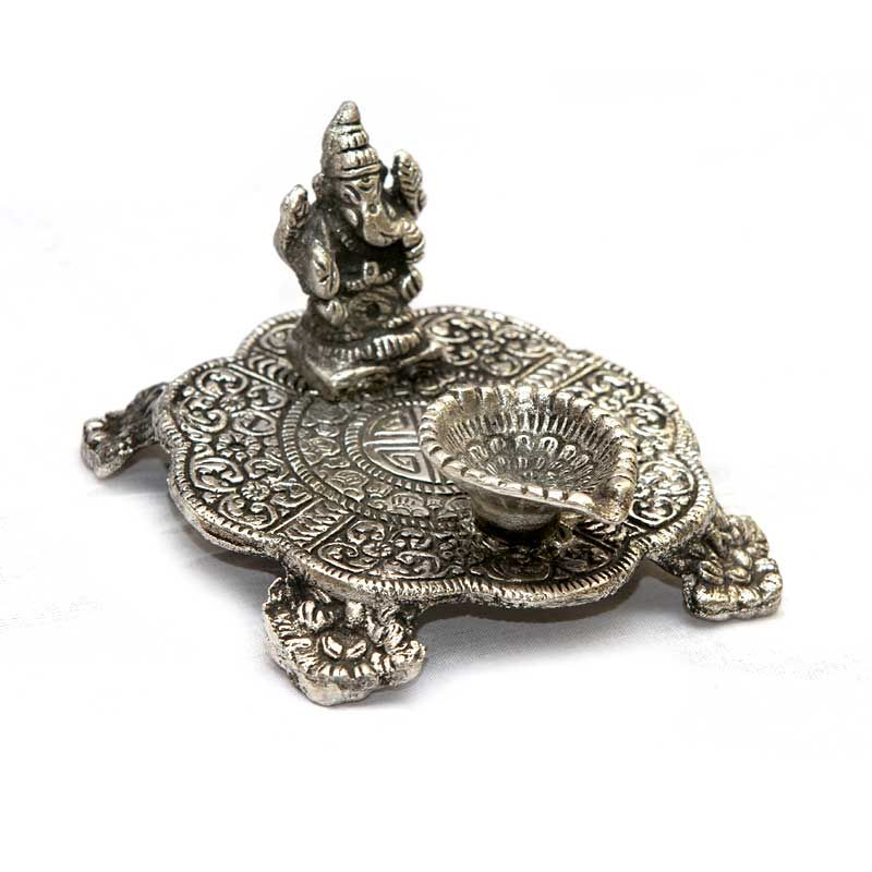 White Metal Ganesh Chowki With Diya At Rs 133 As Return Gifts From Wedtree For Your Wedding Birthday Arangetram And Baby Shower