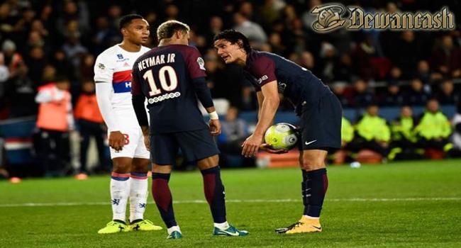 Neymar Dan Cavani Berebut Penalty, Perselisihan Bintang