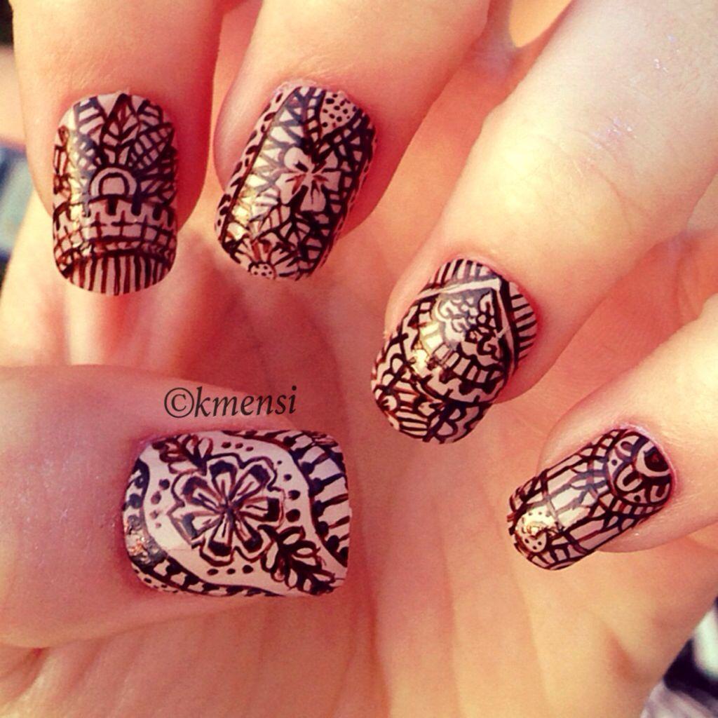 henna tattoo nail design
