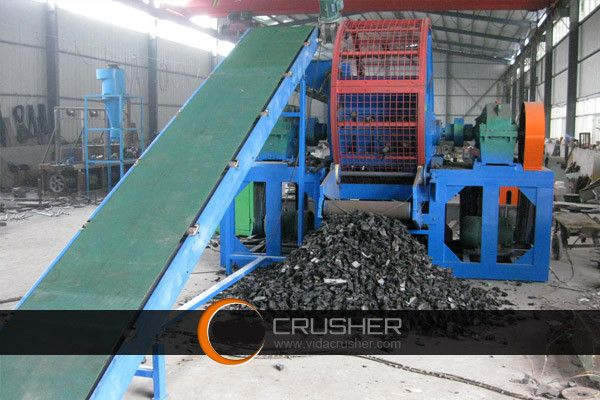 rubber/plastic shredding machine can be used to shred large diameter thick wall pipe, high toughness PE plastic packaging (bundles of plastic film, plastic bags, ton bags, woven bags), plastic plate-frame, rubber products, waste tires, larger trash or other materials. Finished products can be used as the plastic raw materials for reproducing, renewable rubber products and other purposes. WhatsApp:008613937134928 Skype:tonglimachine2 http://www.cngxdryer.com http://www.cnjhmachine.com