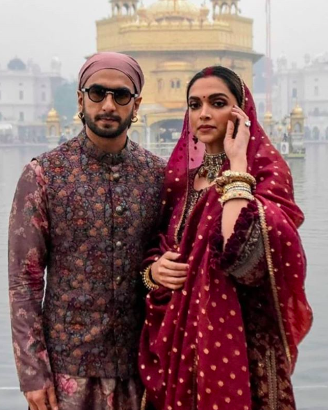 Deepika Padukone And Ranveer Singh Seek Blessings At Golden Temple On Their First Wedding Anniversary Hungryboo Deepika Padukone Couple Wedding Dress Indian Wedding Outfits