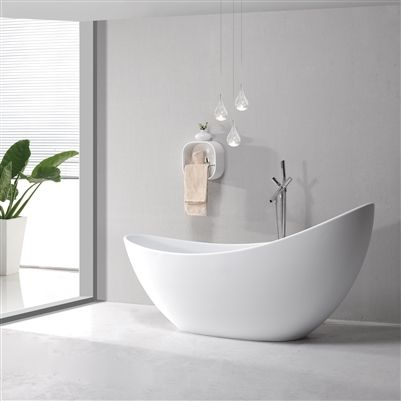 luxury free standing bathtub | modern soaking tub