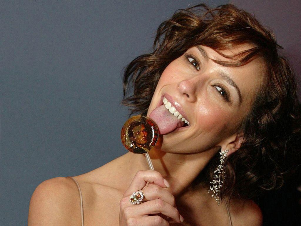 Jennifer love hewitt sexy tongue #5