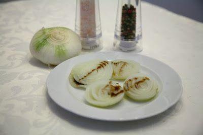 Viaggio Di Gusto: Cipolle piatte in riduzione di balsamico al microo...