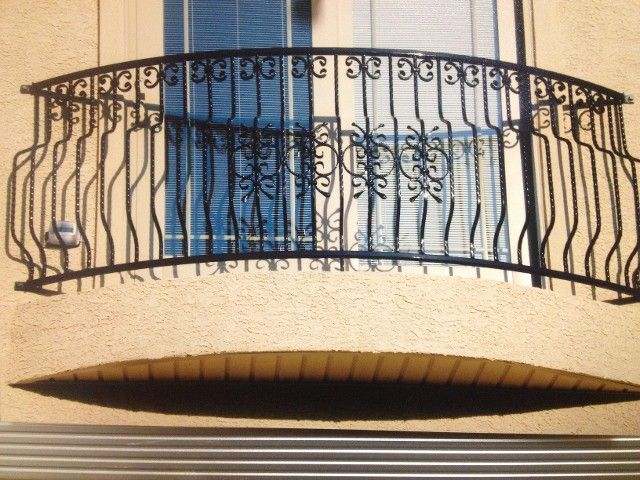 Best This Is A Fancy Balcony I Love The Iron Work And How 400 x 300