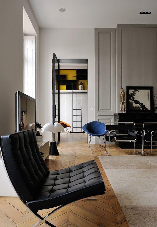 urbnite Barcelona Chair by Mies Van der Rohe Diamond Chair by Harry