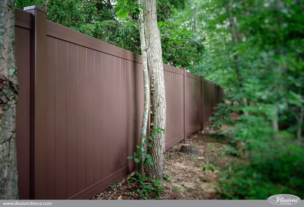 Brown vinyl privacy fence Stockade Looking For Brown Pvc Vinyl Fence V3006l106 Illusions Vinyl Tongue And Groove Privacy Fence Shown In The Grand Illusions Color Spectrum Brown l106 Mc Fence And Deck Images Of Illusions Pvc Vinyl Wood Grain And Color Fence Yards