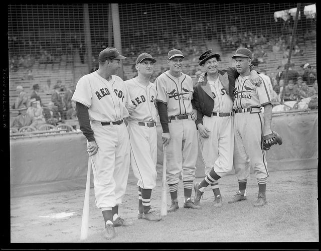 Red Sox And Cardinals With Baseball Clown Al Schact 1946 World Series Boston Red Sox Red Sox Stan Musial