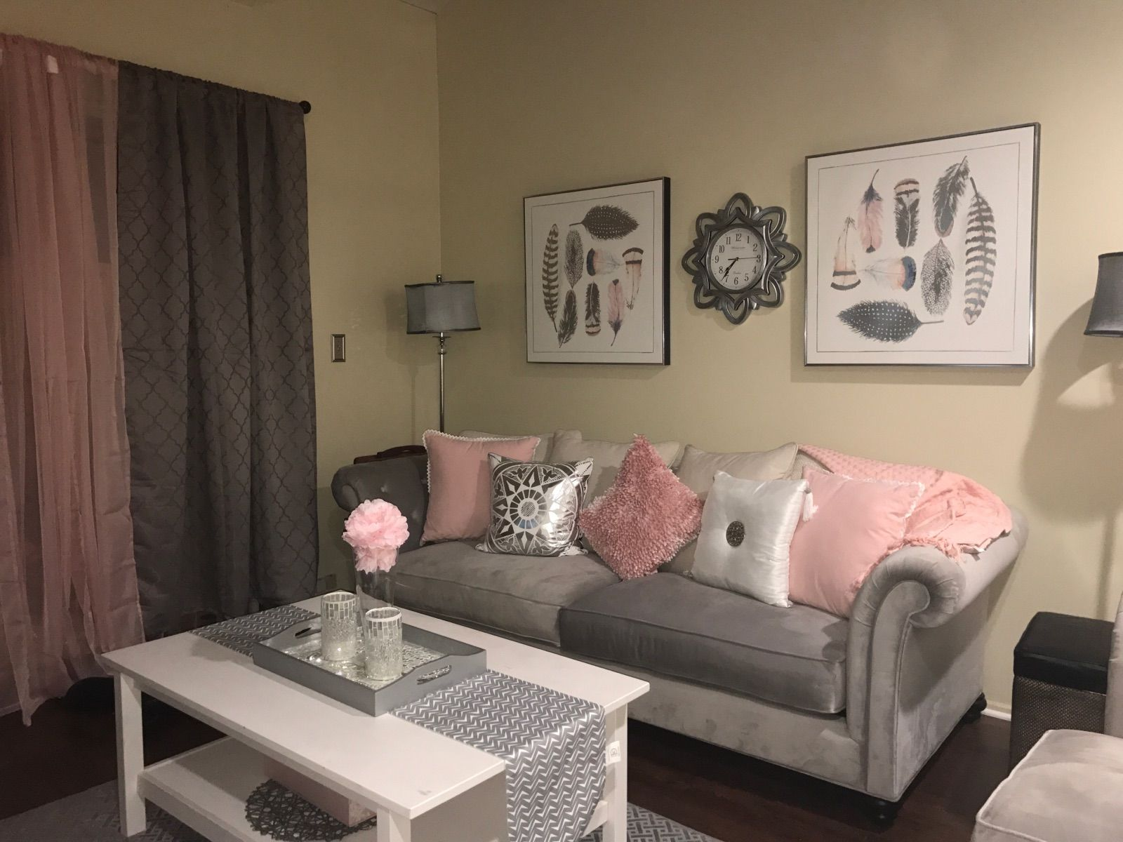 Pink and gray living room (With images) | Living room grey ...