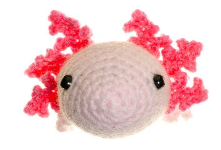 crochet amigurumi axolotl pattern
