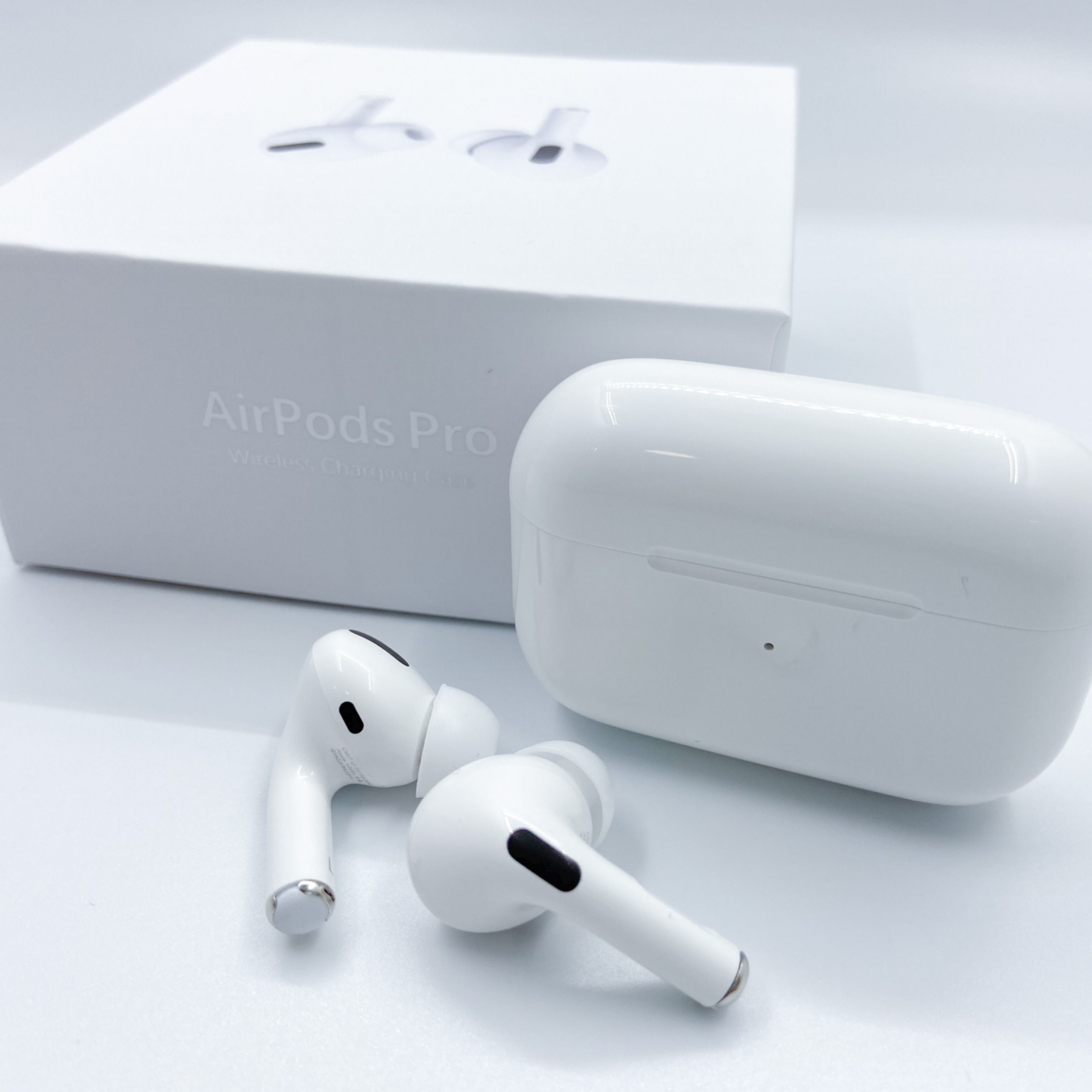 Airpods 2 In 2020 Earbud Headphones Apple Products Apple