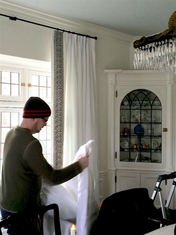 How To Get Window Treatments Like You See In Magazines Window Treatments Dining Room Drapes Dining Room Curtains