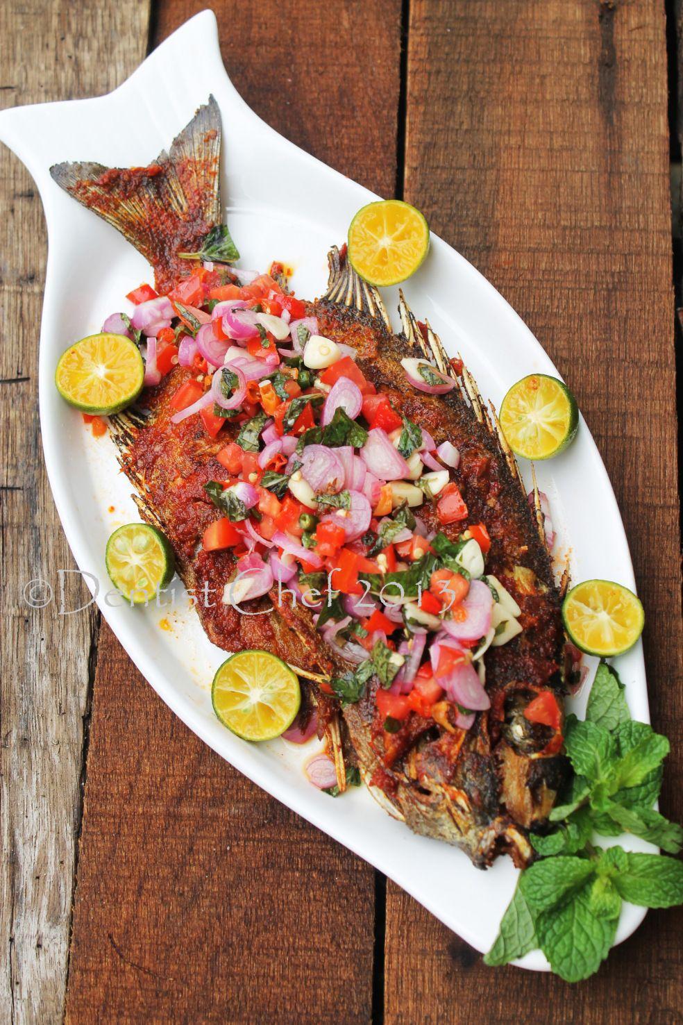 Ikan Baronang Bakar Bumbu Rica Rica Sambal Dabu Dabu Grilled Rabbit Fish With Spicy Rica Rica Dabu Dabu Salsa Resep Ikan Bakar Resep Ikan Masakan Indonesia