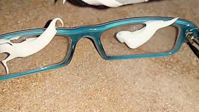 How To Get Rid Of Scratches On Glasses With Toothpaste