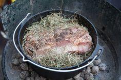 Ein Herrliches Aroma Heubraten Aus Dem Dutch Oven Frankonia Blog Niederlandisches Essen Rezepte Schmortopfgerichte