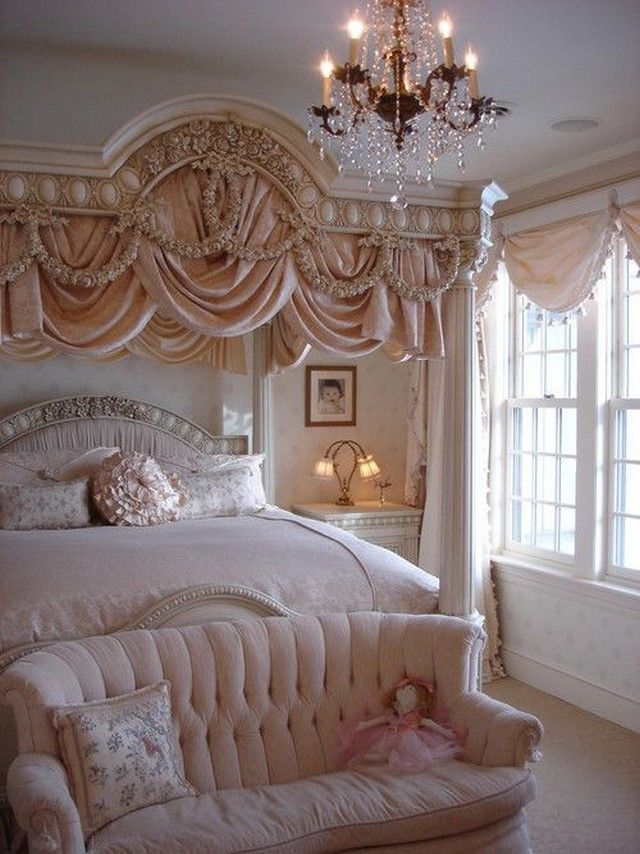 Beautiful Victorian Style Bedroom Decor Ideas