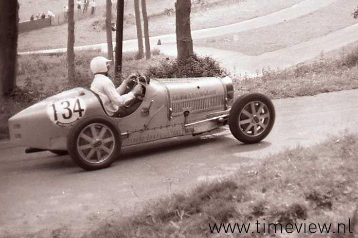 AH023. Bugatti type35 1924