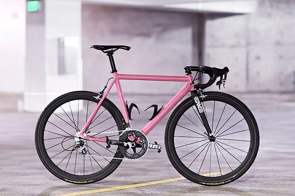 Joey S Custom Road Bike Inspired By The Leader Kagero Road Bike