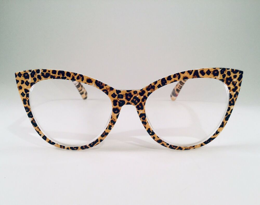 Betsey Johnson Reading Glasses Beige Cheetah Large Cat Eye Readers +1.50  Trendy #BetseyJohnson | Fashion eye glasses, Trendy glasses, Glasses print