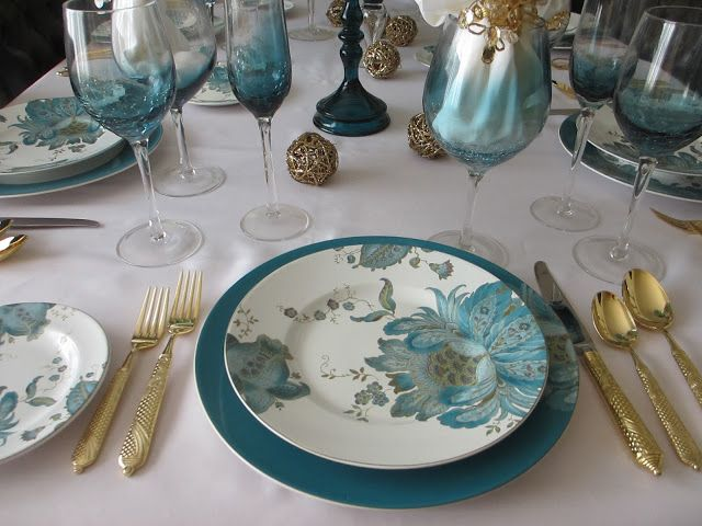 This weeku0027s table features one of my favorite color combinations - teal and gold. Pat used 222 Fifthu0027s beautiful  Eliza Teal  dinnerware ad. & This weeku0027s table features one of my favorite color combinations ...