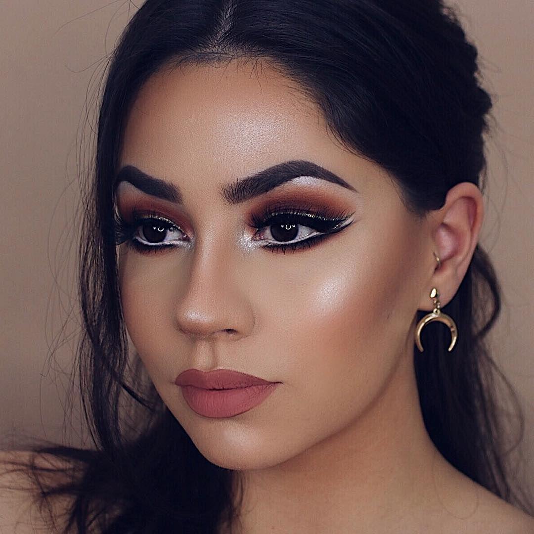 Pin-Up Inspired Makeup Tutorial