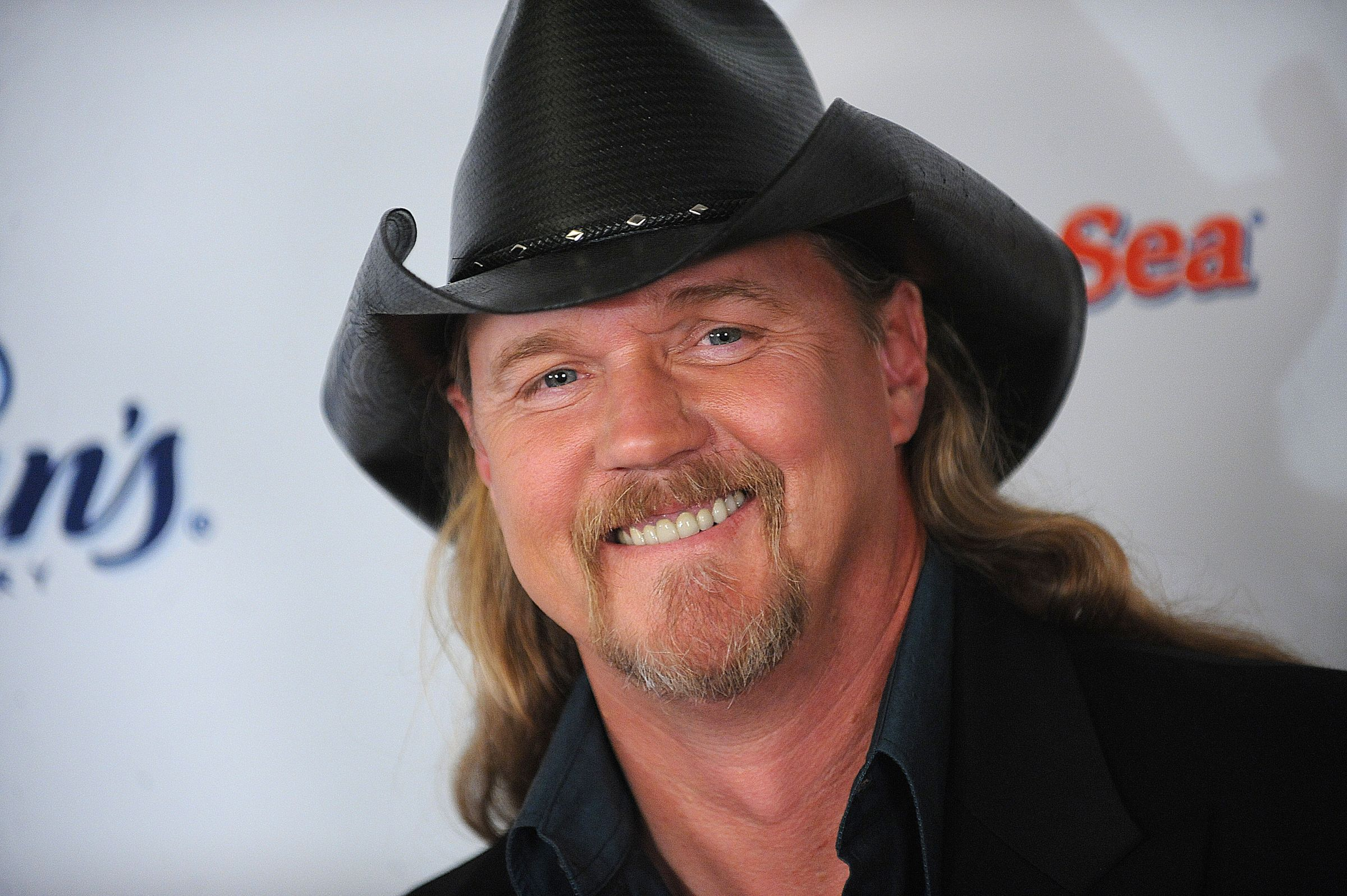 Trace adkins trace adkins is in rehab after getting drunk and trace adkins trace adkins is in rehab after getting drunk and fighting with a trace kristyandbryce Choice Image