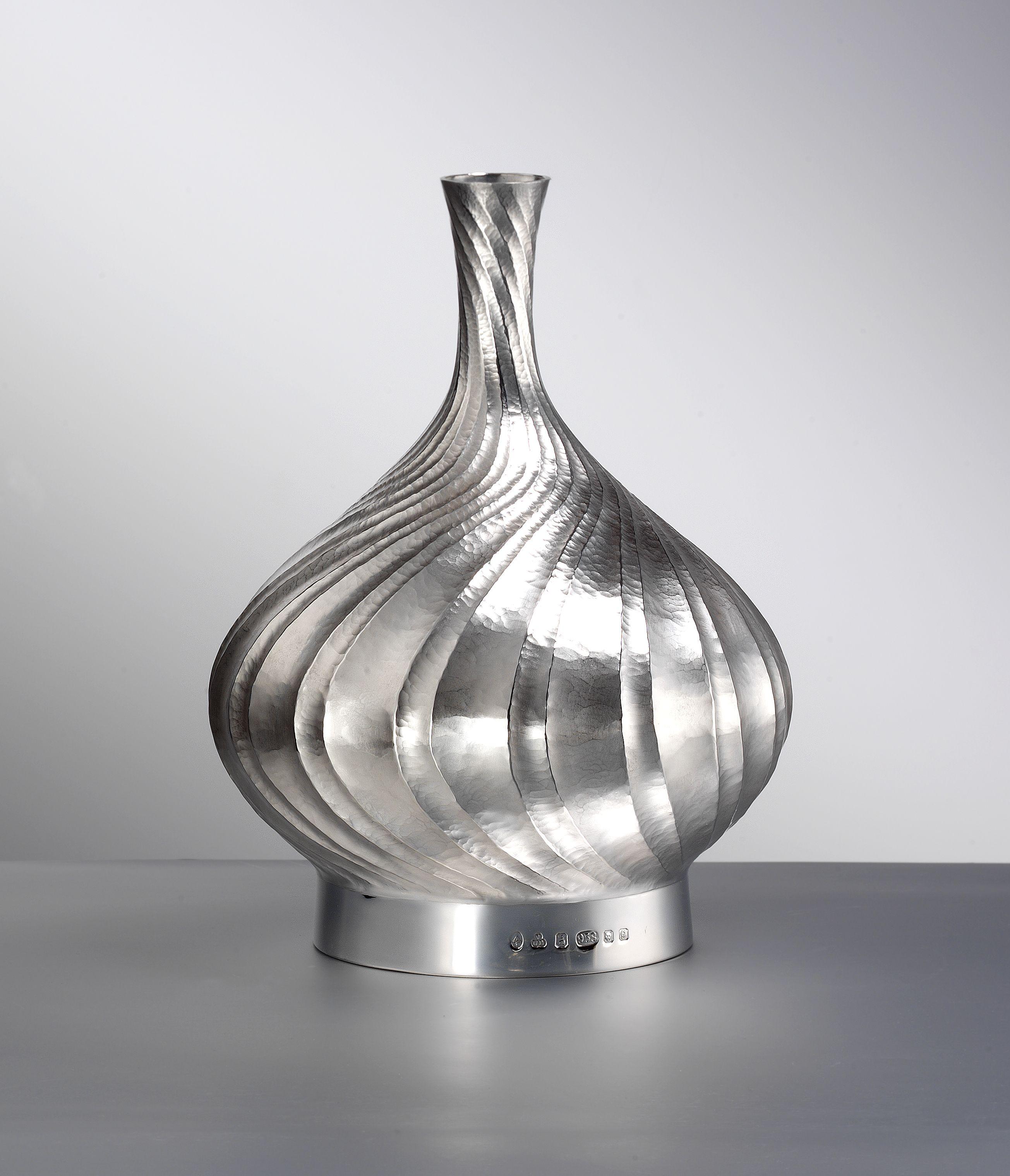 Silver Vases Hand Raised Silver Vasedesignermaker Wayne Meeten  Silver