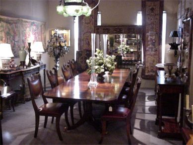 Elegant Dining Tables   Dining Room Furniture Available At Crosskeys  Antiques